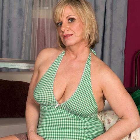 Geile date met deze 56-jarige vrouw