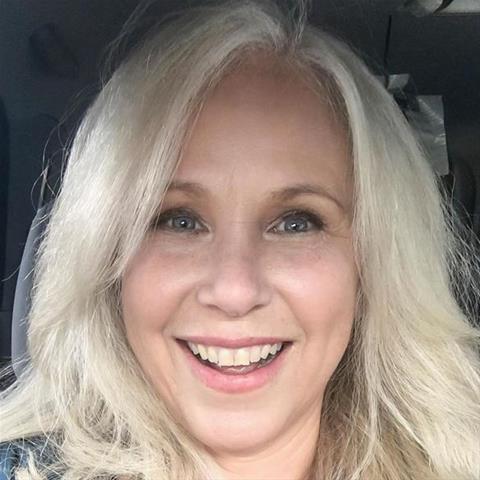 Lekkere date met deze 49-jarige vrouw